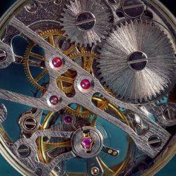 mecanismo en los relojes esqueleto
