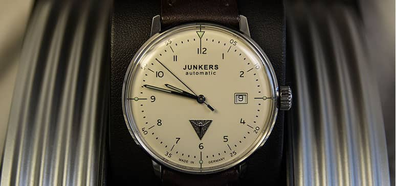 reloj Junkers Bauhaus