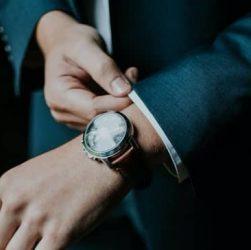 vistiendo relojes guanqin