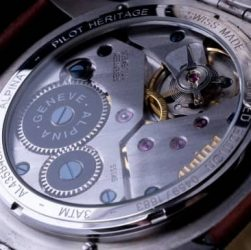 reloj clásico y elegante