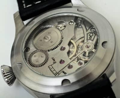 reloj mecánico de pulsera